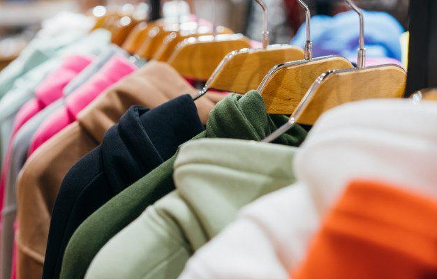 Pranie ocieplanej kurtki zimowej – poradnik